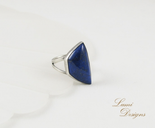 Ring with lapis lazuli and sterling silver