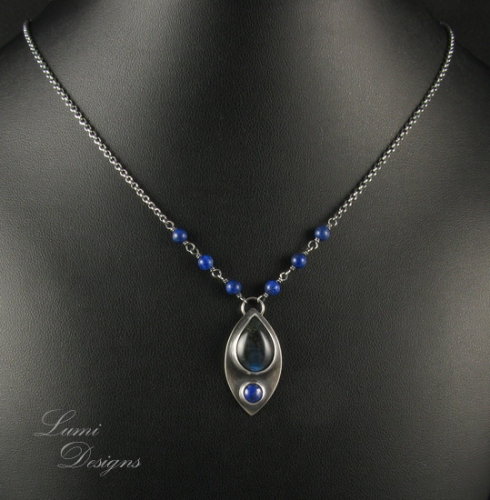Necklace 'Midnight Lake' with labradorite, lapis lazuli and sterling silver (925)