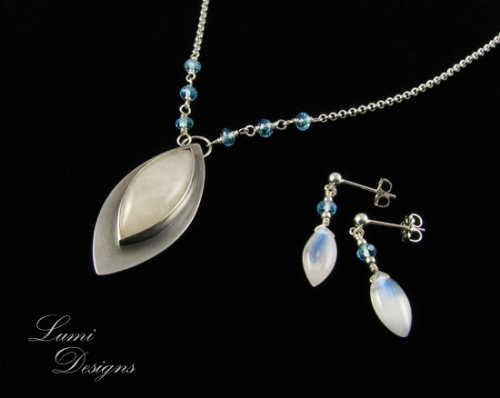 Jewellery Set 'The Moon and the Stars' with moonstone, blue topaz and sterling silver (925)