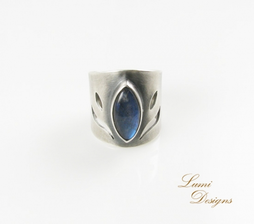Ring 'Hope Full' with labradorite and sterling silver (925)